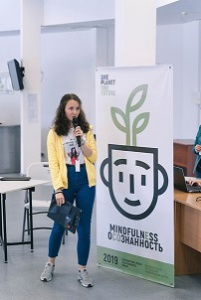 studentka-pri-prezentaci
